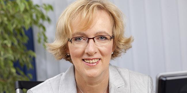 Dr. Anette Nagel, Lektorin